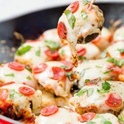 Pizza-Stuffed Mushrooms