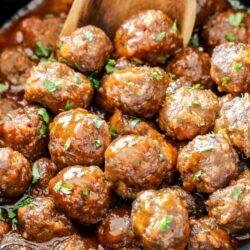 Slow Cooker Honey Buffalo Meatballs