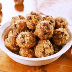 Best-Ever Peanut Butter Protein Balls