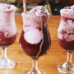 Red Wine Floats