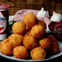 Elmlea Cajun Shrimp Mac 'N' Cheese Balls