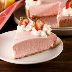 No-Bake Pink Lemonade Cheesecake