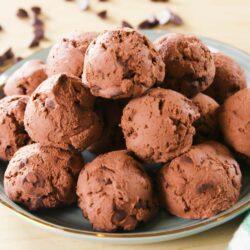 Keto Brownie Bombs