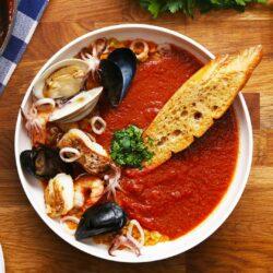 Cioppino (Seafood Tomato Stew)
