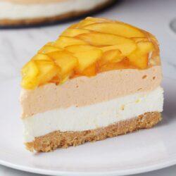 Peaches 'N' Cream Cheesecake