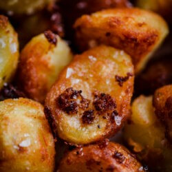 Aunt Bessie's Roast Potatoes With Parmesan and Thyme Crust